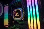 -Corsair Vengeance RGB Pro Light Enhancement KitBoştaki RAM yuvalarına RGB aydınlatma sunan aksesuar
