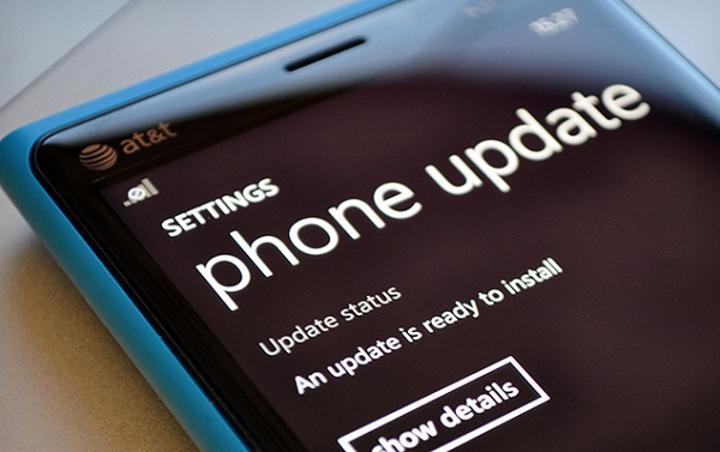 Windows Phone 8'in yeni güncellemesi FM radyo desteğini de beraberinde getirecek