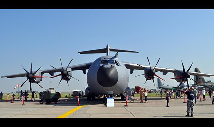 Türkiye için üretilen Airbus A400M tipi askeri nakliye uçağı düştü
