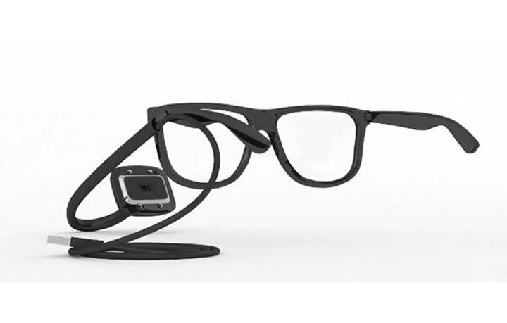 ALS hastalarına iletişim imkanı getiren faydalı cihaz: EyeControl