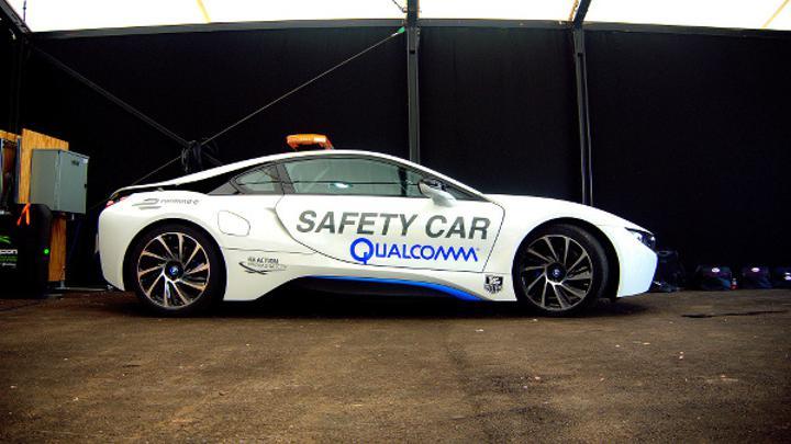 Qualcomm Halo kablosuz şarj teknolojisini Formula E serisine getiriyor