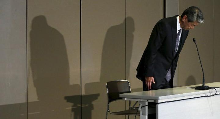 Usulsüzlük skandalı Toshiba patronunun istifası ile sonuçlandı