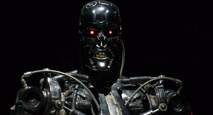 Terminator ve Pasific Rim 2050 yılında gerçek oluyor