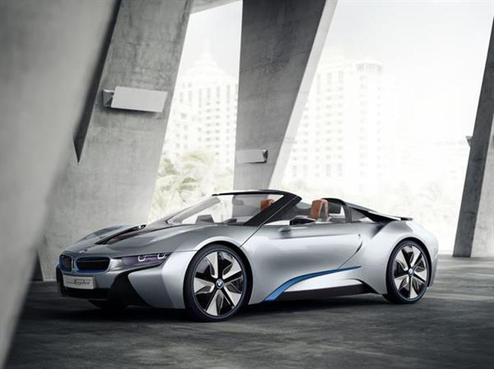 BMW i8 Spyder ile CES 2016'da sürpriz yapabilir