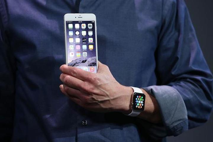 watchOS 2.2 ile birden fazla Apple Watch tek bir iPhone ile eşleşebilecek