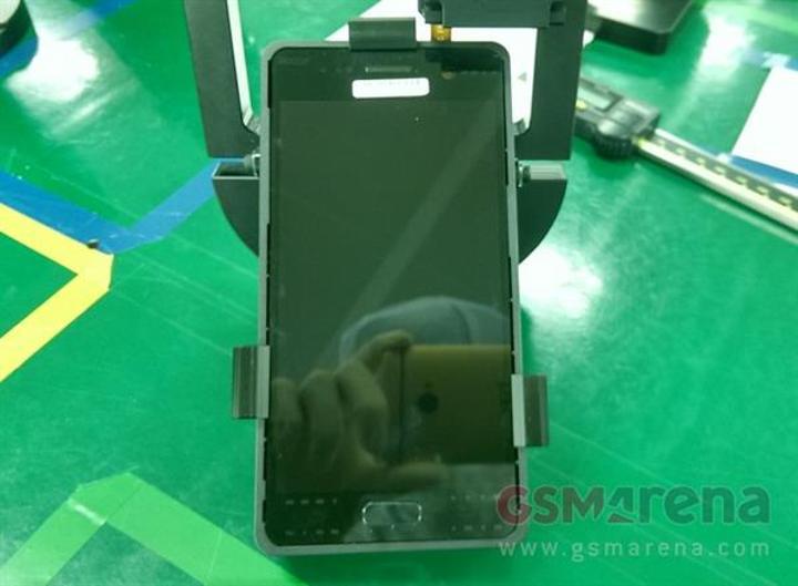 Galaxy S7'nin ön paneli ve kamera modülü sızdırıldı
