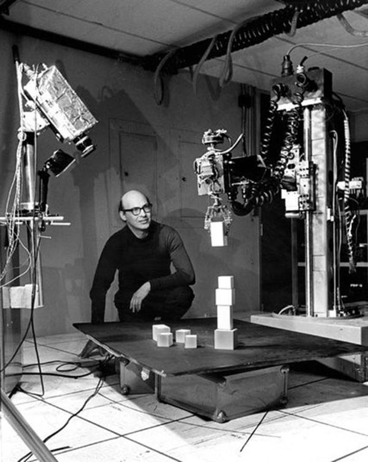 Yapay Zeka'nın öncülerinden Marvin Minsky hayatını kaybetti