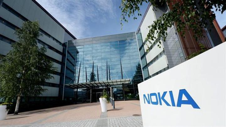 Nokia akıllı telefon patent anlaşmalarıyla gelir elde etmeye devam ediyor