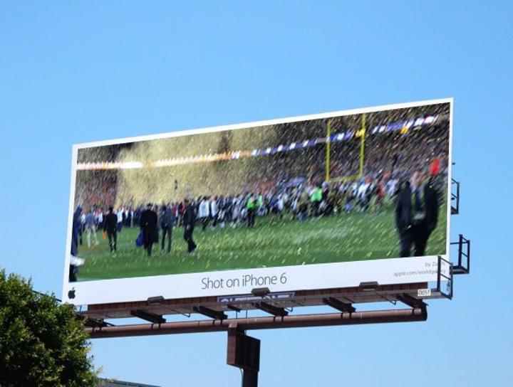 Tim Cook, Super Bowl'da paylaştığı bulanık fotoğrafla alay konusu oldu