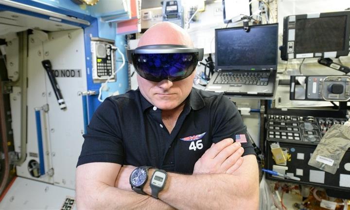 Microsoft'un HoloLens'i astronotların emrinde