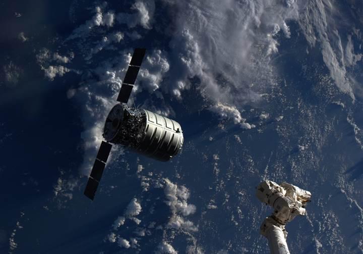 NASA uzayda yangın çıkaracağını açıkladı