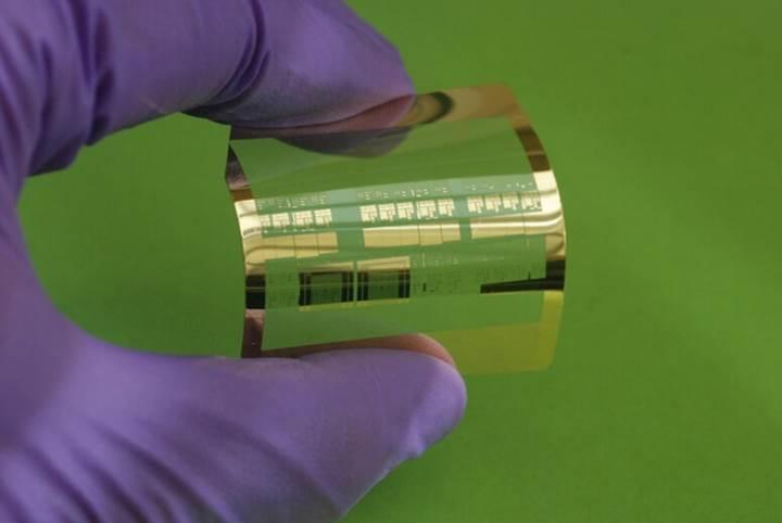Bilim insanları düşük maliyetle esnek ve hızlı transistörler üretmeyi başardı
