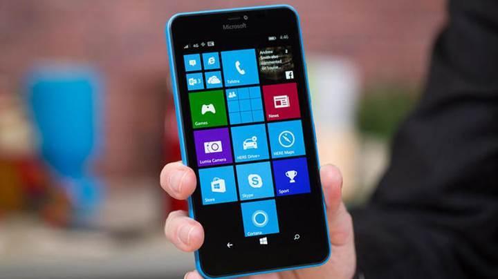 Düşüşe devam eden Windows Phone, BlackBerry'nin rakibi olmaya aday