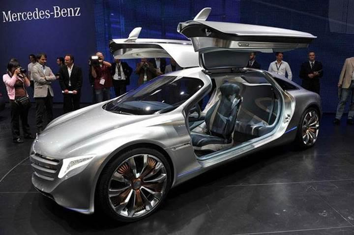 Mercedes-Benz, 2020'nin sonuna kadar dört elektrikli araç piyasaya sürecek