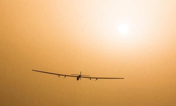 Solar Impulse 2 Atlas Okyanusu'nu geçerek büyük bir ilke imza attı