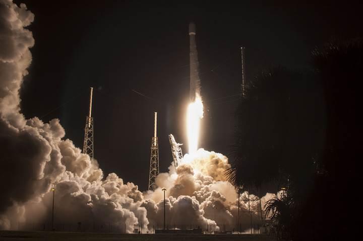 SpaceX'de normal bir gün: 6. roket de başarıyla iniş yaptı