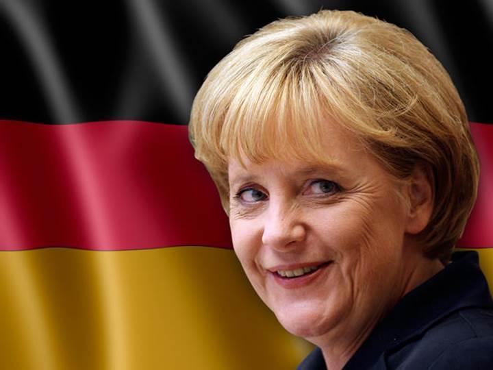 Almanya gelecek başbakanlık seçimlerinde internette oluşacak sahte haberlerden endişeli