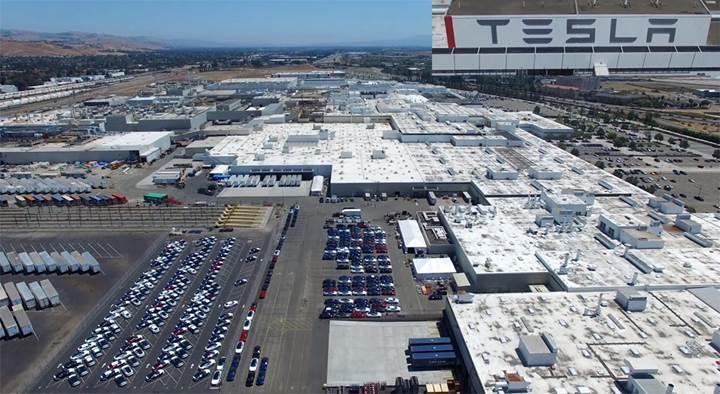 Tesla'da ödeme skandalı: Çalışanlar 3 aydır maaşlarını alamıyor!
