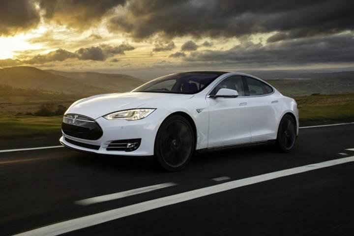 Tesla Motors resmen isim değişikliğine gitti