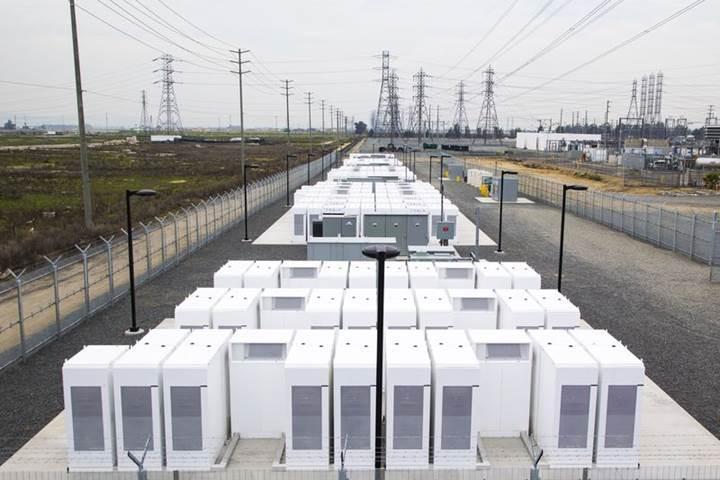 Tesla'nın dev batarya tesisi 15.000 eve enerji sağlayabilir!