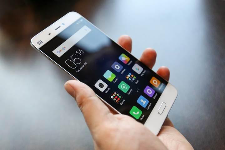 Apple, uzun bir sürenin ardından ilk defa Samsung'u geçti