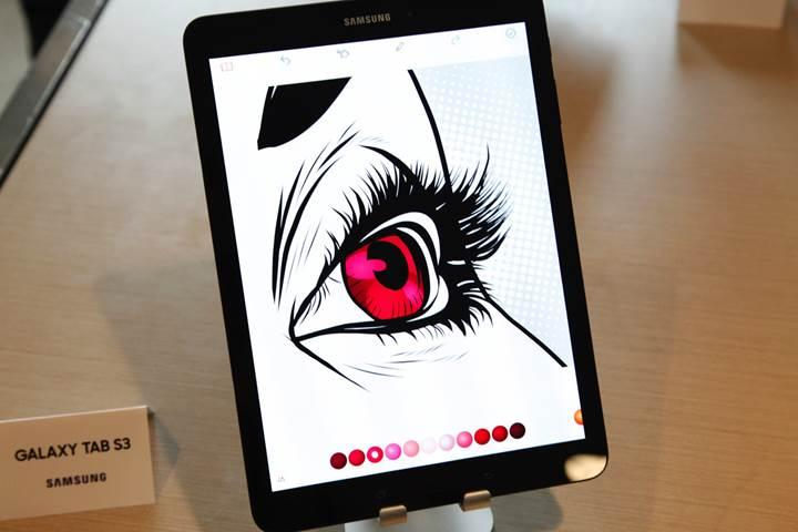 Samsung, Galaxy Tab S3'ü ve Galaxy Book'u tanıttı