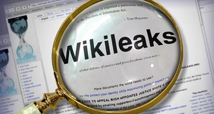CIA'in tüm cihazları hack'lediği ve istediği kişileri anında dinleyebildiği ortaya çıktı!