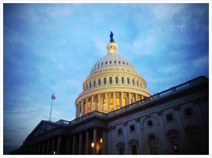 Özgürlükler ülkesi ABD'de senatodan skandal karar: Abonelerin internet verileri satılacak!