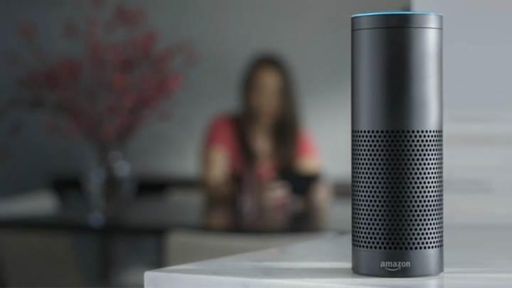 Amazon'un sesli asistanı Alexa'ya fısıldama ve azarlama güncellemesi geldi