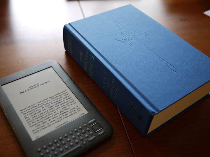 E-kitap satışları yüzde 20 azaldı: E-kitap rüzgarı kesiliyor mu?