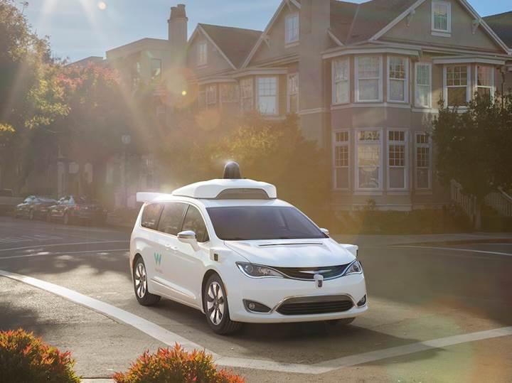 Google'ın otonom araç iştiraki Waymo dev bir şirket olma yolunda
