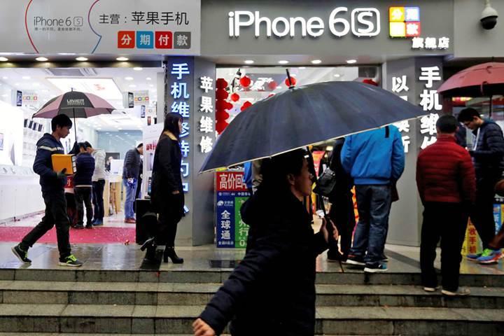 Çin'de Apple çalışanları kullanıcı verilerini satarken yakalandı