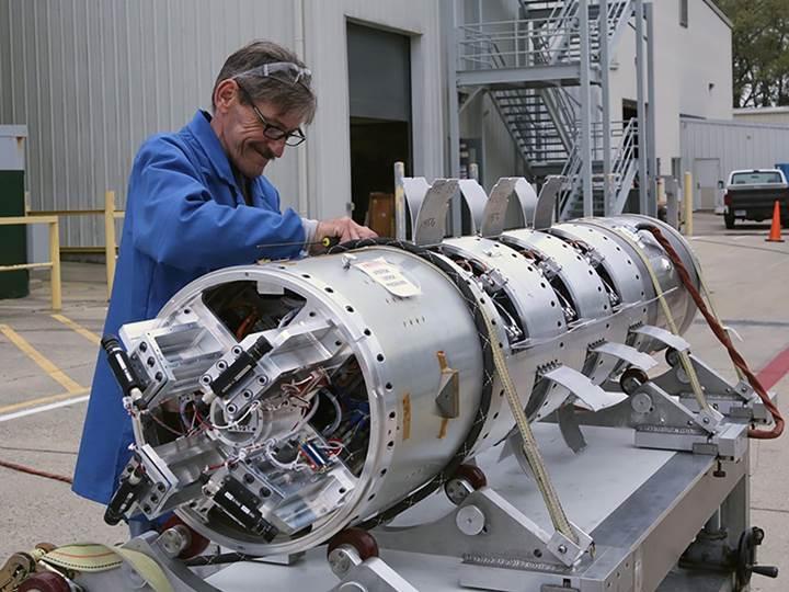 NASA, Dünya dışında renkli bulutlar oluşturacak