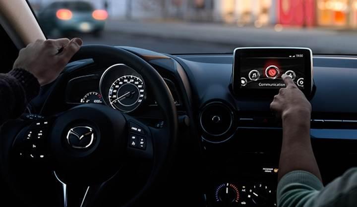 Bazı Mazda modelleri USB ile hacklenebiliyor
