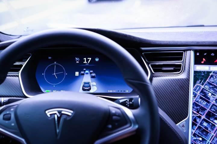 Tesla'nın yeni müdüründen şirkete övgü