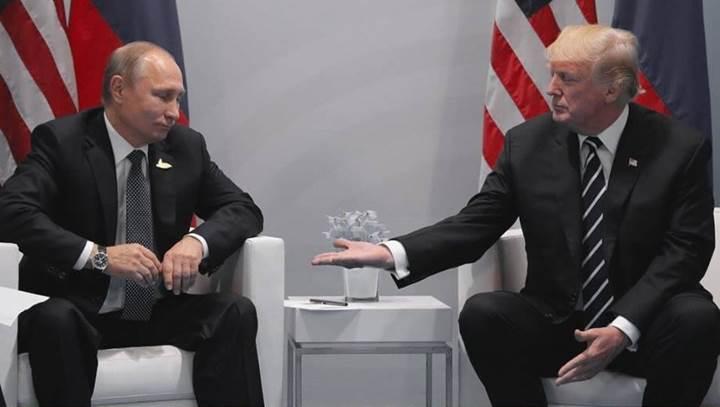 Putin-Trump görüşmesinde House of Cards sahnesi