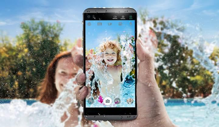 LG Q8: Küçük LG V20
