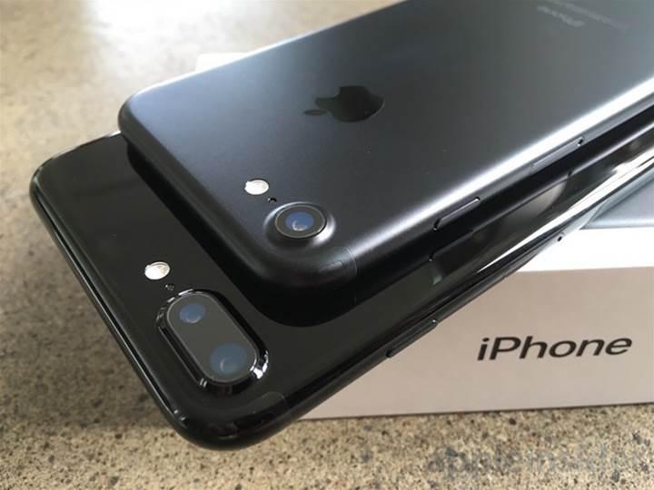 Apple artık 261 milyar dolar nakiti olan bir dev