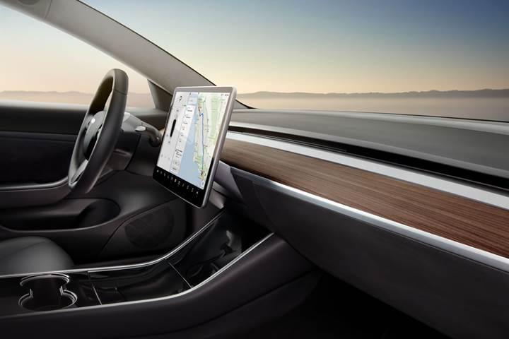 Tesla Model 3'ün dokunmatik ekranını kurcalayabileceğiniz sayfa hazırlandı