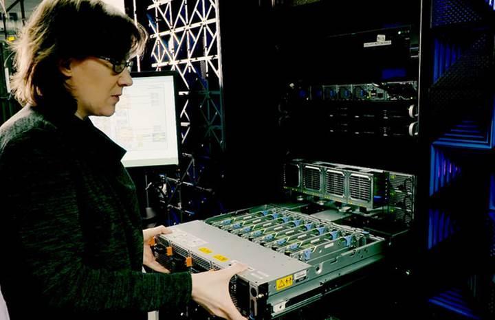 IBM'in derin öğrenme yazılımı bir ilki gerçekleştirdi