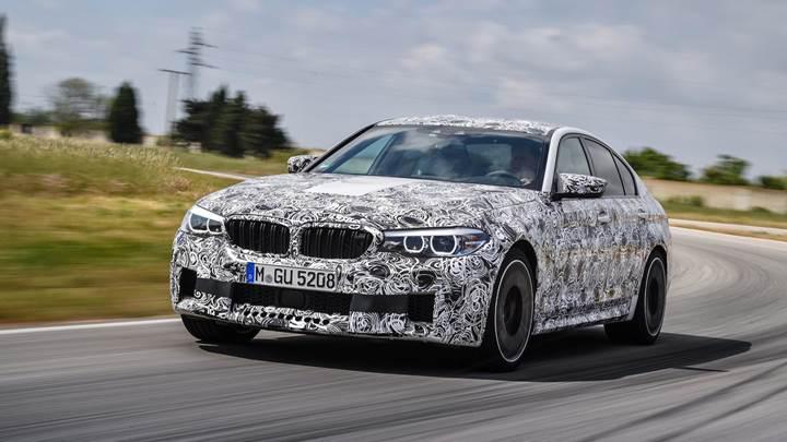 Yeni BMW M5, 21 Ağustos'ta tanıtılıyor