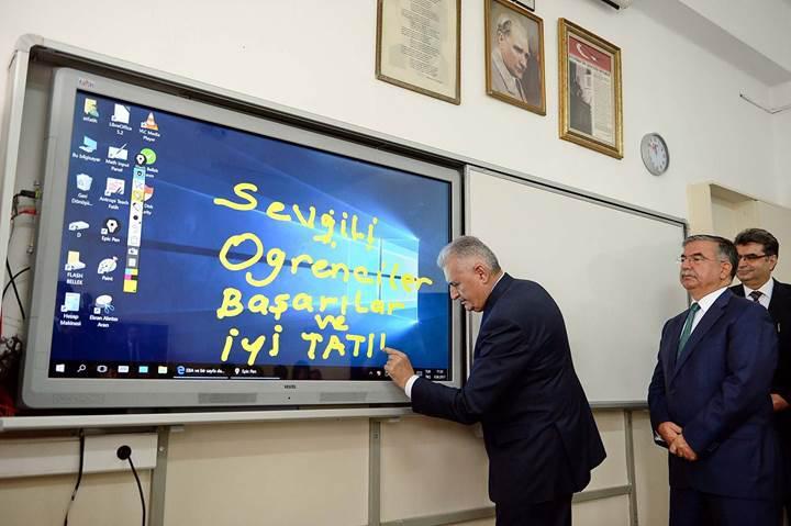 Başbakan'ın Türkçe ile ilgili uyarısı sonrası ilk öneri: CD yerine yoğun teker