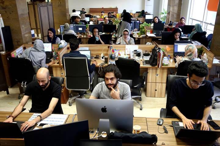 Apple'dan İran'a yaptırım: Popüler uygulamalar App Store'dan kaldırıldı