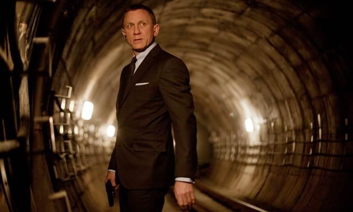 James Bond artık Apple için çalışacak