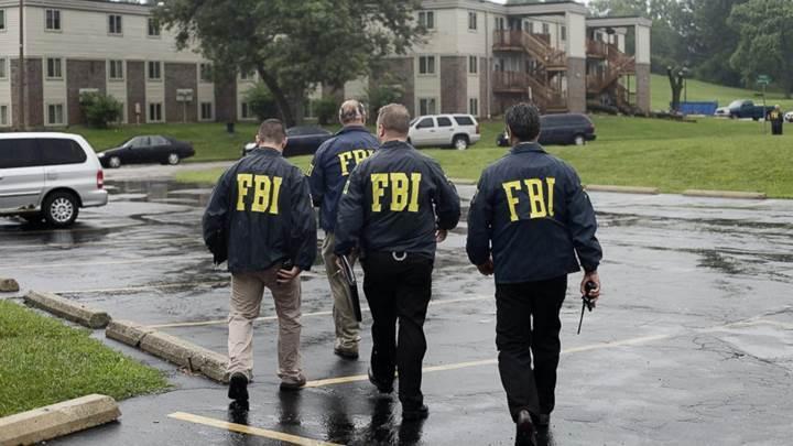 Rusya'ya uydu sırlarını satmaya çalışırken FBI ajanına yakalandı