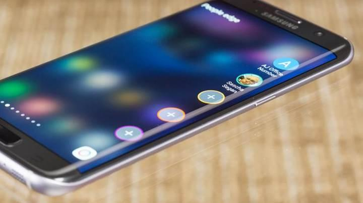 Galaxy S7 ailesine yakın zamanda Note 8 arayüzü gelebilir