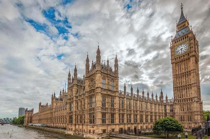 İngiltere parlamentosuna yönelik siber saldırının arkasında İran olabilir