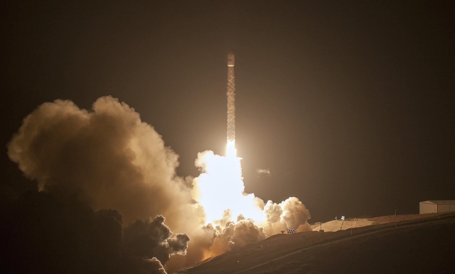 spacex may be launching next - HD3000×1813