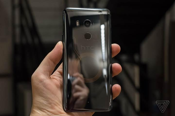 Karşınızda HTC'nin yeni amiral gemi telefonu U11+