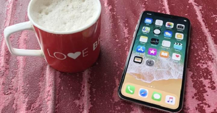 """Tim Cook: """"iPhone X kahve parası bile değil"""""""